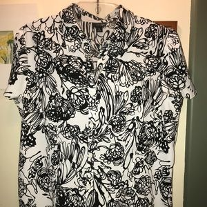 EAST 5TH. PRETTY BLOUSE WITH MANY DETAILS!! SZ. XL